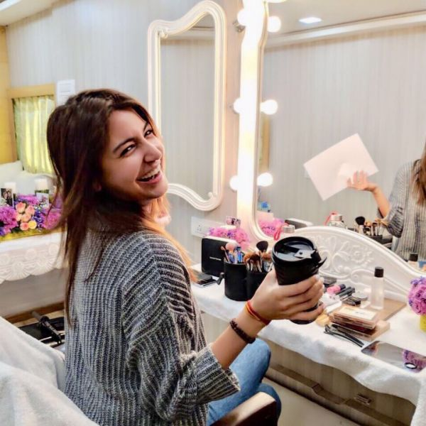 5 anushka sharma on the sets of Zero   anushka  virushka  virat kohli  birthday