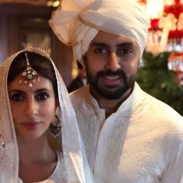 Shweta bachchan and abhishek bachchan at sonam kapoor's wedding