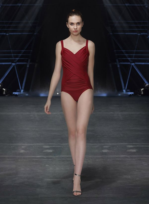 4 veere di wedding - shikha talsania maroon swimsuit