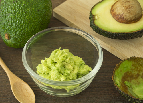 natural moisturisers avocado