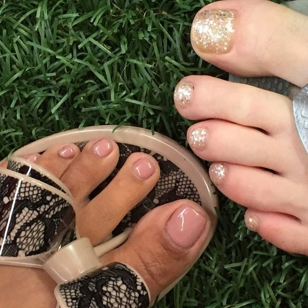 13 toe nail art summer instragram glitter nude