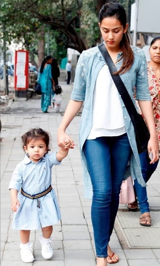 10. mira kapoor in grassroot by anita dongre ways to wear everyday top