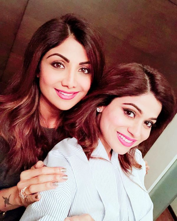 6 shilpa and shamita shetty