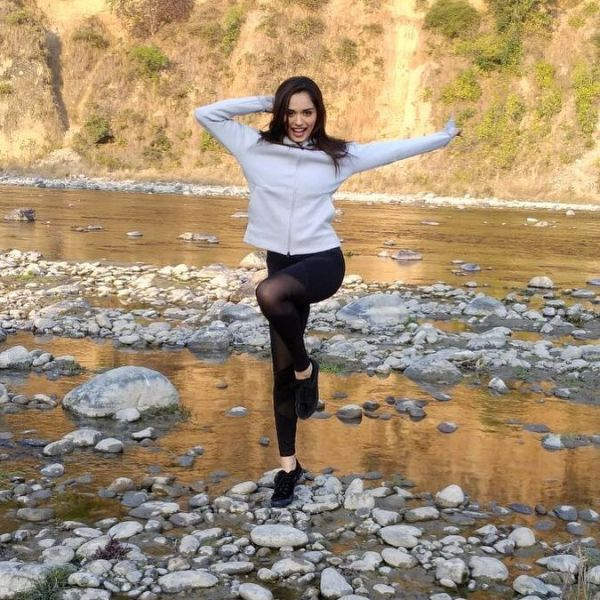 8 manushi chillar - black sheer tights