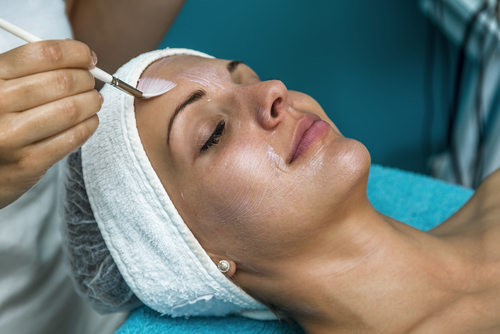 4 treatments to reduce acne