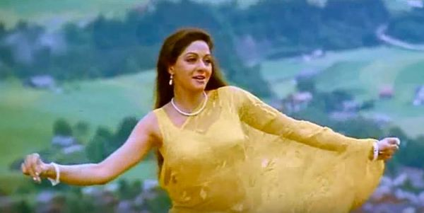 sridevi chandni 2 janhvi new look sridevi