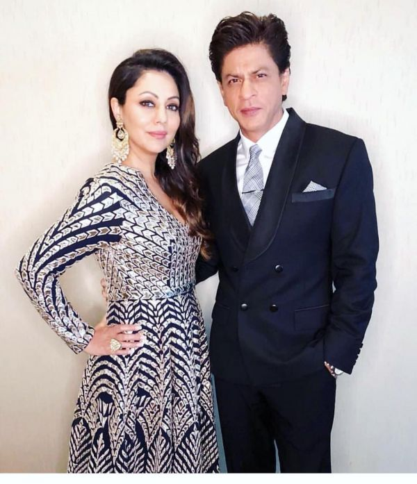 shah rukh khan and gauri khan at ambani's pre-engagement bash
