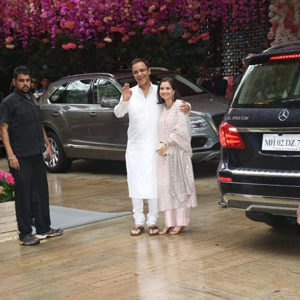 vidhu vinod chopra with wife at ambani's pre-engagement bash