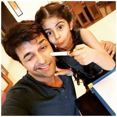 Sachin Shroff with daughter