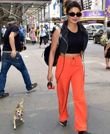 1 priyanka chopra orange is bollywood's new black