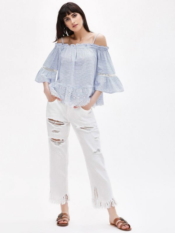 6.1 college - Distressed Straight Cropped Jeans