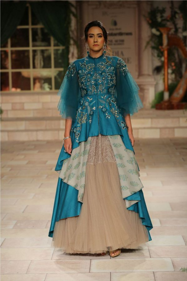 A MAIDEN'S PRAYER Showcased by Designer Anju Modi at India Couture Week %2822%29