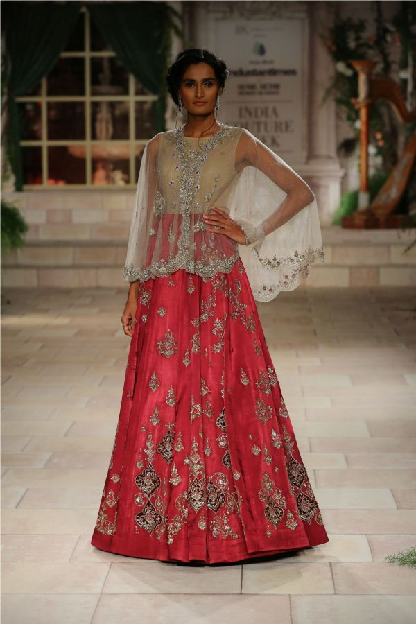 A MAIDEN'S PRAYER Showcased by Designer Anju Modi at India Couture Week %2838%29
