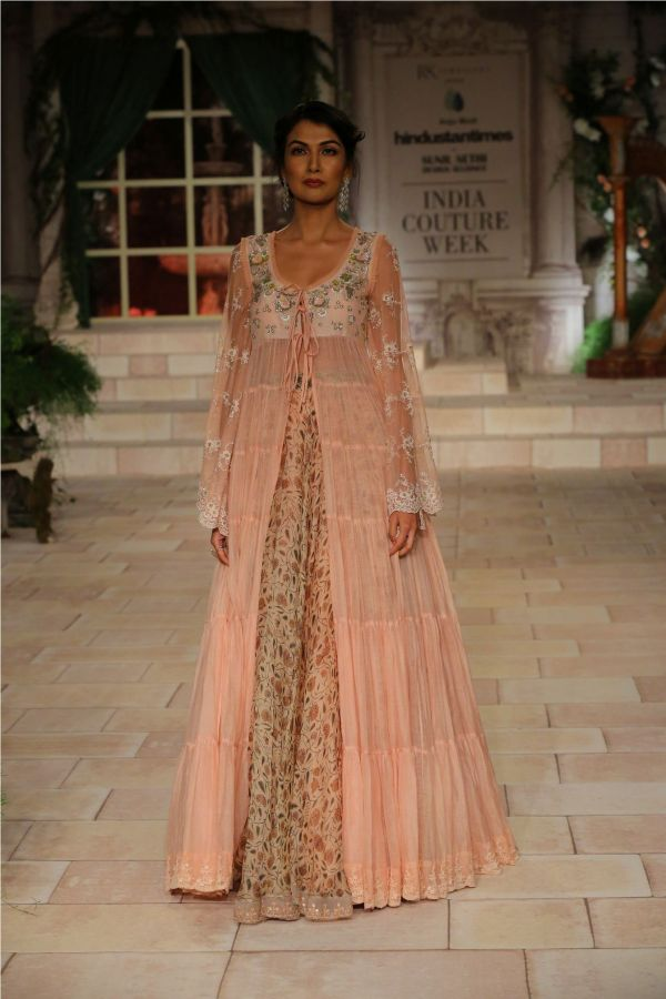A MAIDEN'S PRAYER Showcased by Designer Anju Modi at India Couture Week %285%29