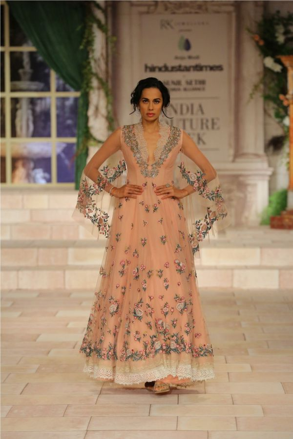 A MAIDEN'S PRAYER Showcased by Designer Anju Modi at India Couture Week %289%29
