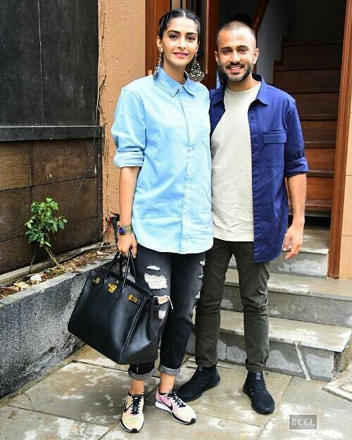 1 sonam kapoor anand ahuja - blue shirt couple goals