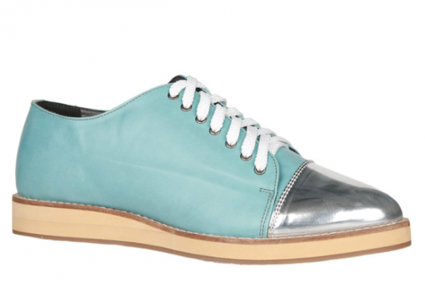 5 Shoes That Will Look Ah-mazing On The First Day Of College 4