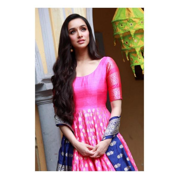 2 shraddha kapoor - anarkali suit in pink