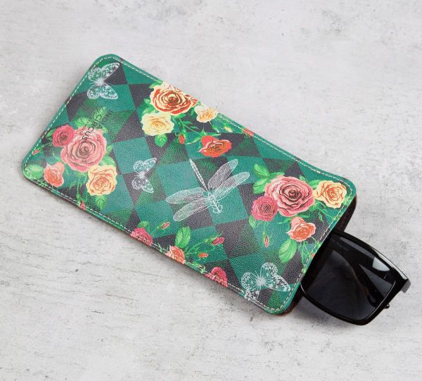 8 gifts - Floral Flutter Spectacle Case