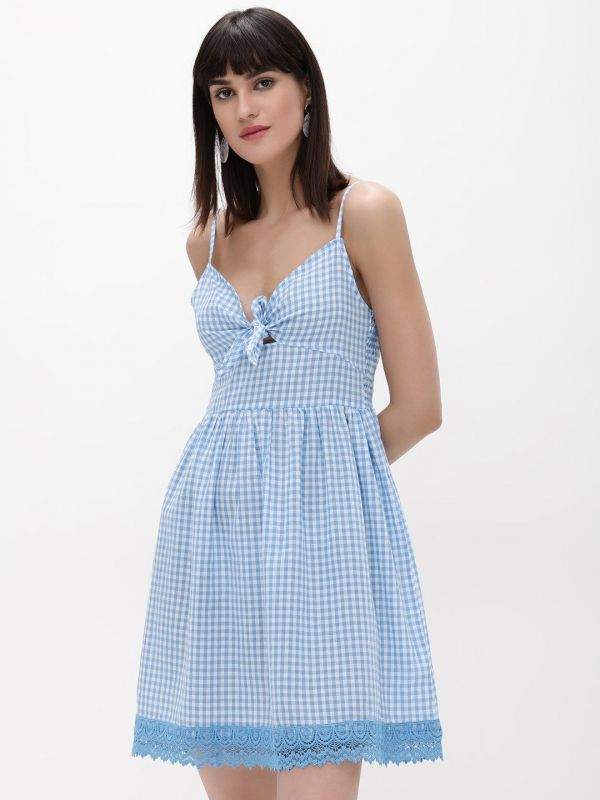 3 gifts - Gingham Lace Trim Dress