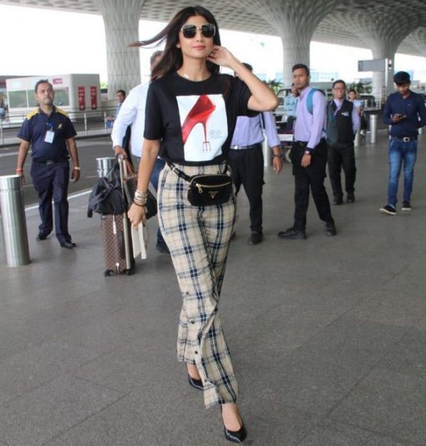 shilpa shetty devil wears prada tshirt 1