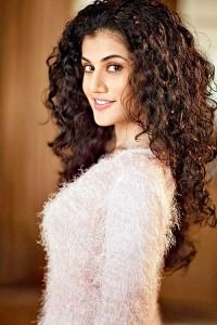 aeaa3a4a971976345896ebabbb3a1916--taapsee-pannu-beautiful-actresses