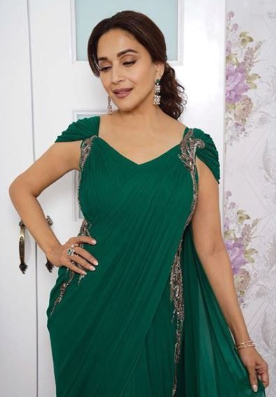 madhuri dixit green saree 3