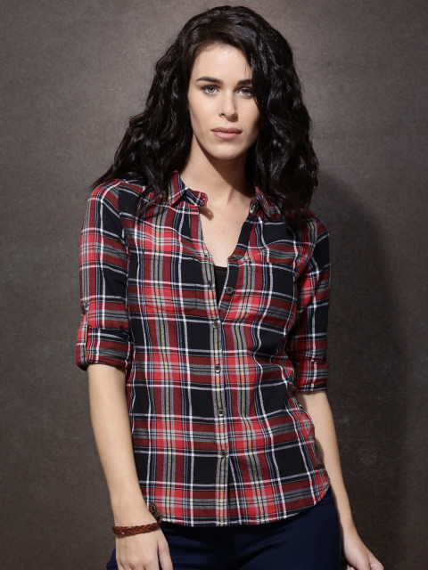 5 suhana khan - Roadster Red   Black Slim Fit Checked Shirt