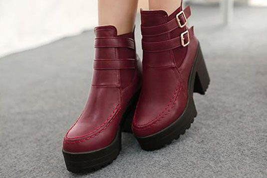 3 priyanka chopra - Around the Vacation boots Marsala