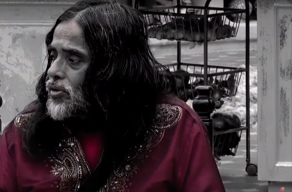 Biggest Controversies From The Bigg Boss House - swami om having breakfast