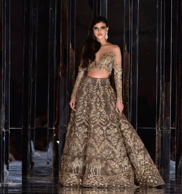 indian-wedding-dress-guide-brown-lehenga-manish-malhotra