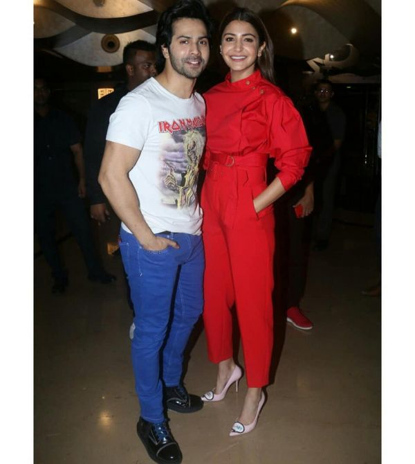 anushka sharma in red coord anushka sharma vs kareena kapoor in red