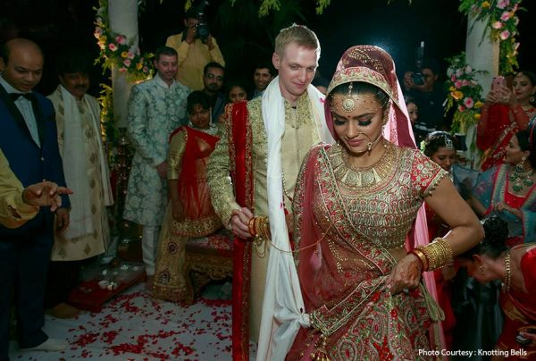 indian-wedding-dress-guide-aashka-goradia-wedding-lehenga