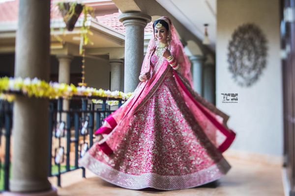 indian-wedding-dress-guide-pink-lehenga-bride
