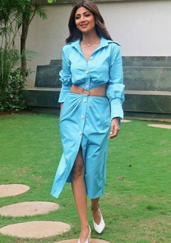 2 shilpa shetty blue dress toned legs thigh high slit