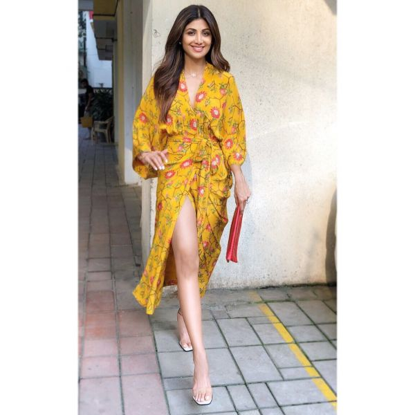 shilpa shetty wrap dress toned legs thigh high slits 2