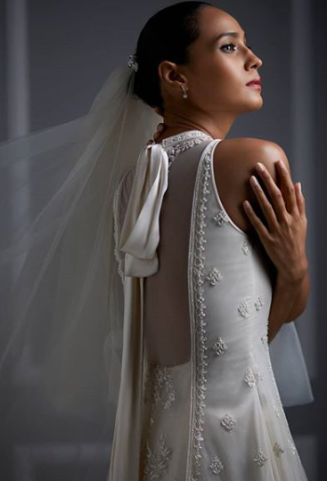 Anita-Dogre-white-wedding-gown-back-details
