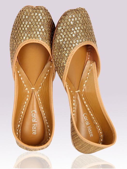 2-ethnic-shoes-Gold-Juttis-with-sequin-and-Zari-Work
