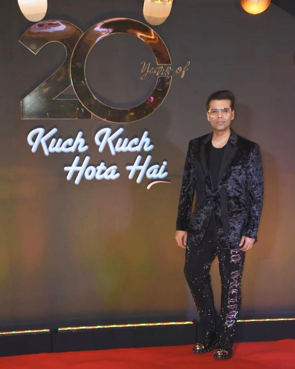 karan-johar-black-velvet-suit-all-black-outfits-kkhh