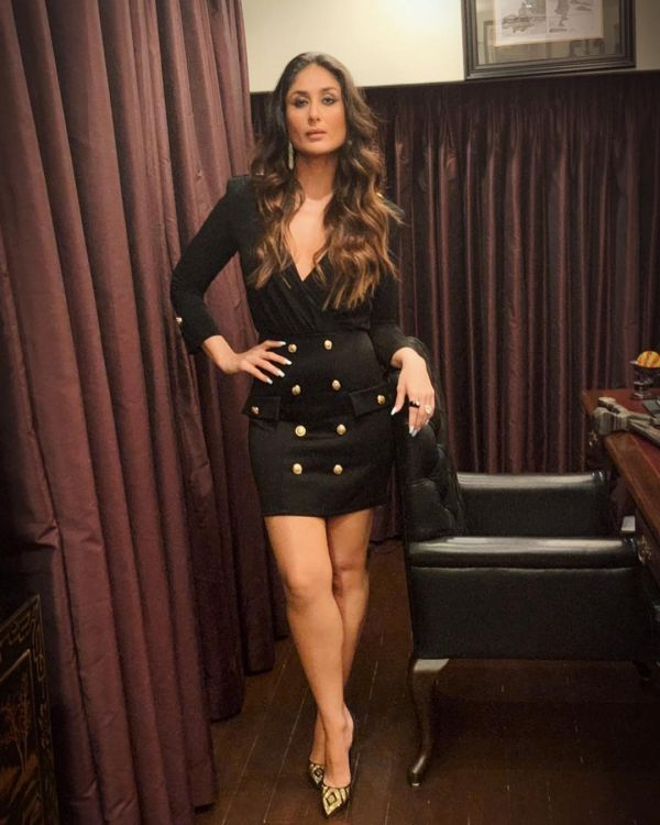 kareena-kapoor-mini-dress-all-black-outfits-kkhh