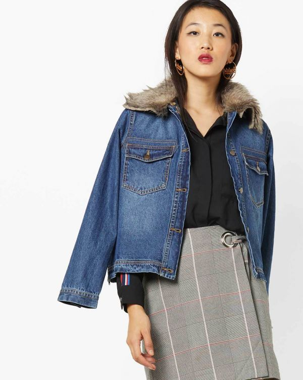 7-denim-jacket-fur-collar