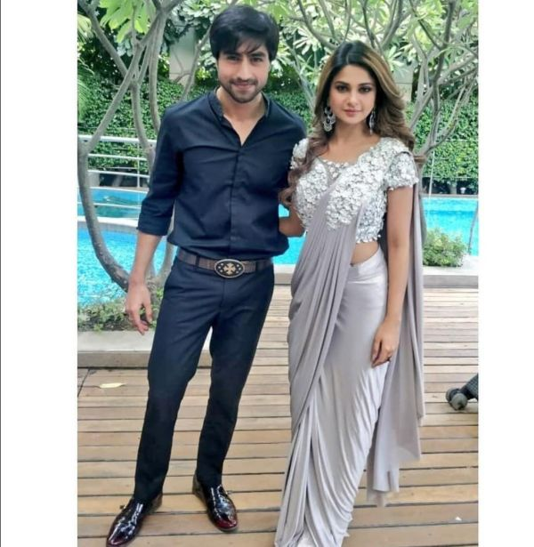 6-jennifer-winget-with-harshad-chopra