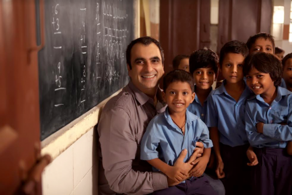 Anand-Kapoor-with-kids