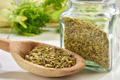 fennel-seeds-uses-of-fennel seeds-fennel-seeds-in-a-jar