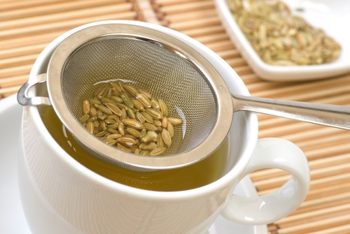 fennel-seeds-uses-of-fennel seeds-fennel-seeds-in-a-strainer-fennel-tea