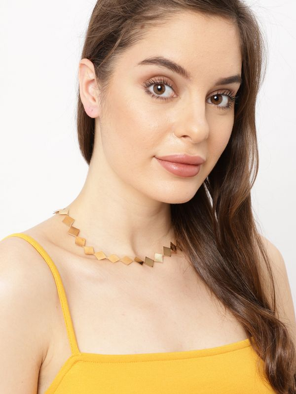 22-jewellery-design-Gold-Toned-Metal-Choker-Necklace