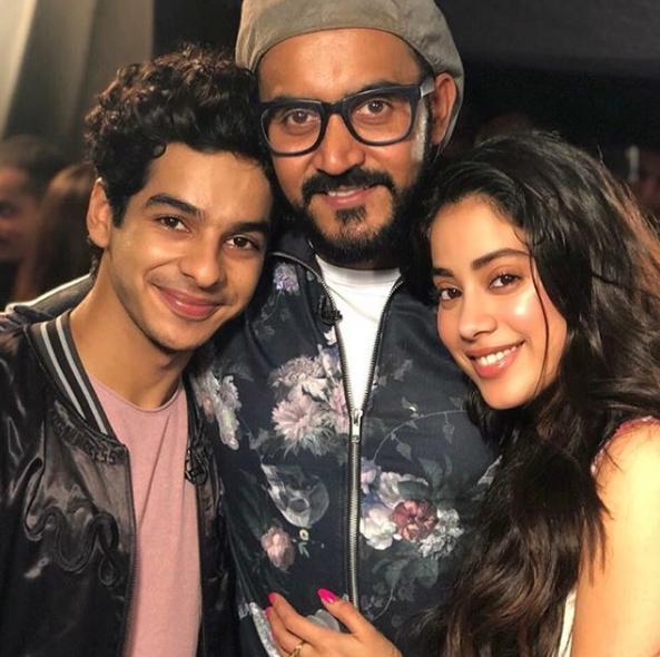 5-Ishaan-Khattar-birthday-with-dhadak-director-shashank-khaitan