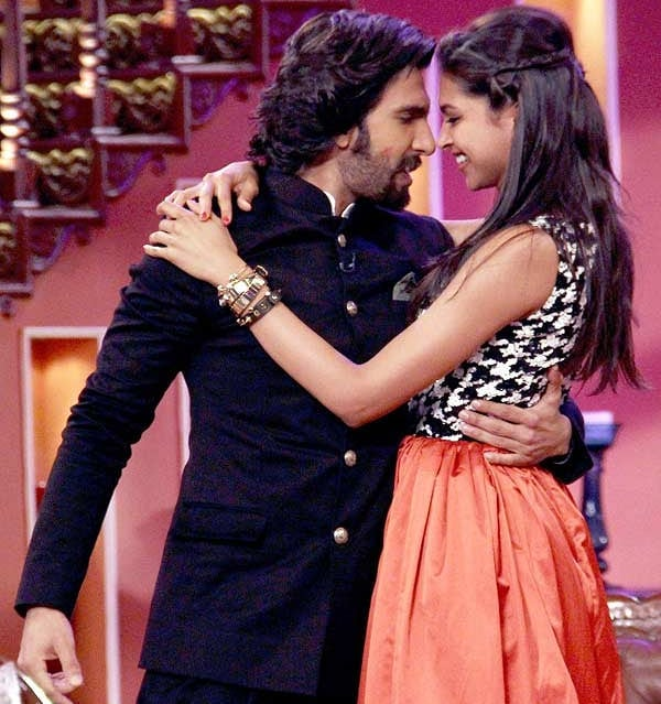 Adorable Pictures Of Deepika And Ranveer- Comedy nights with kapil