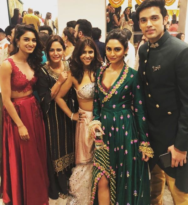 5-kasautii-zindagii-kay-2-cast-diwali-party