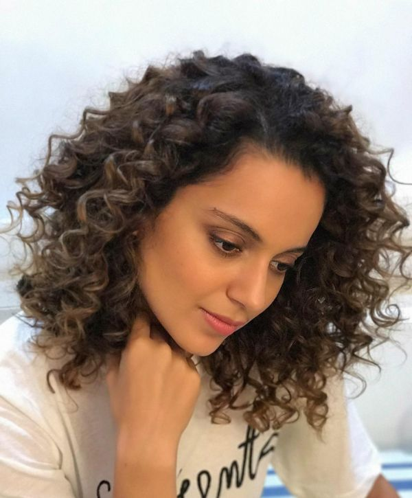 kangana-curly-hairstyles-for-lobs